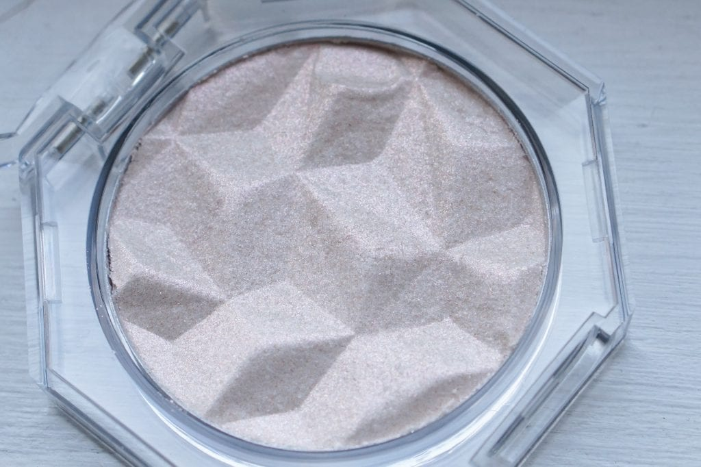 Diamond Dust highlighter, Physicians Formula review 2021.